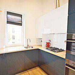 Home4me PREDAJ 1 izbový byt Palisády, Sládkovičova