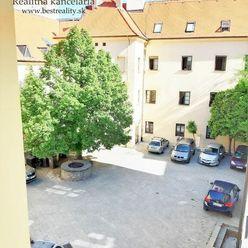 3 izbový byt na prenájom Historické Centrum mesta, Ventúrska ul. www.bestreality.sk