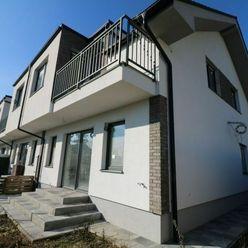 Posledný 5-izbový byt v radových RD Hrušovská