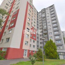 U NÁS SERIÓZNA PONUKA !!!, Pekný  3i byt, 3 X NEPRIECH.IZBA, LOGGIA, KLÍMA, Andrusovova ulica