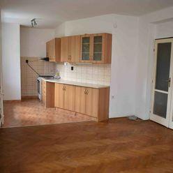 Pekný 2 izbový byt nedaleko centra v meste Partizánske