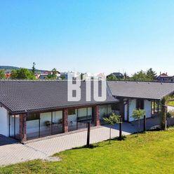Nádherná novostavba  7.i. rodinného domu 225m2 so samostatne stojacou dvojgarážou v Pezinku s 2446m2
