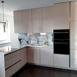 HALO reality - Predaj, trojizbový byt Galanta, Mládežnícka štvrť, 2 parkovacie miesta, 2 terasy - NO