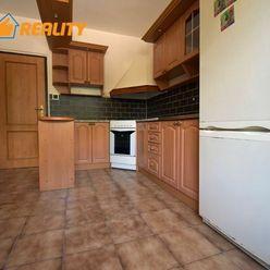 Predaj veľkometrážneho 3 izbového bytu Záturčie