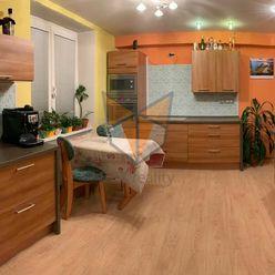 FOX * Priestranný 3 izbový byt 80 m2 s balkónom, kompletná rekonštrukcia * Hospodárska