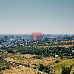 Na predaj stavebný pozemok 893 m2 v lokalite Horné Židiny nad Peknou cestou