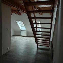 Centrum! Nový zrekonštruovaný 2i byt na prenájom