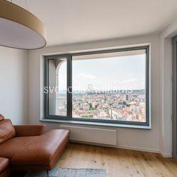 SVOBODA & WILLIAMS I Najvyššie položený 2-izbový byt s loggiou I Skypark I Staré Mesto