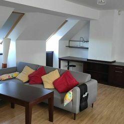 RYBÁRSKA BRÁNA - priestraný 2-izb. byt historickom meste - Staré Mesto
