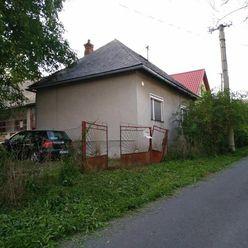 Na predaj dva rodinné domy na pozemku 1640 m2, Senohrad, okres Krupina