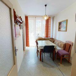 ***rezervovane*** 3 izbový byt s garážou v tichom prostredí, 72 m2