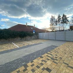Parkovacie miesto, Sv. Cyrila a Matoda, Piešťany