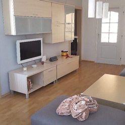 Pekny 3 izbovy byt,kompl.rekonstrukcia,74m2