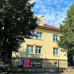 NA PRENÁJOM – 25 m2 a 16 m2 – priestory na 3. podlaží v blízkosti centra, POPRAD – ul. Hviezdoslavov