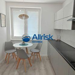 Slnečný dvojizbový byt v Prievidzi, ul. Rudnaya