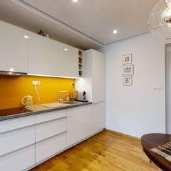 PRENÁJOM – BEZ PROVÍZE - 3 izbový byt v rodinnom dome – Lamač