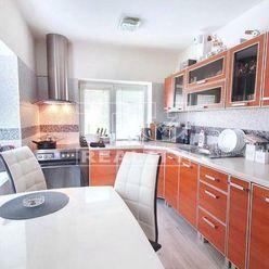 2 izbový byt o výmere 54m2 na Školskej ulici vo Veľkom Krtíši