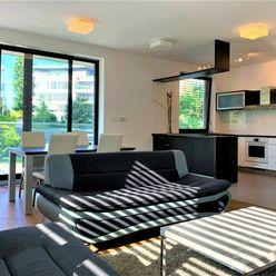 Luxusný 2 izbový byt v mestských vilách s krásnym zeleným súkromným areálom v lukratívnej lokalite B