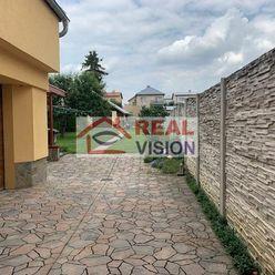 Skvelý dom na kombináciu bývania a podnikania v centre Poprad-Veľká