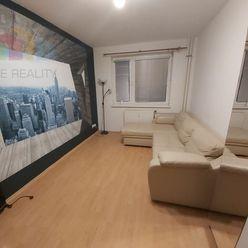 Na predaj 1 - izbový byt Levice V. Rybníky.