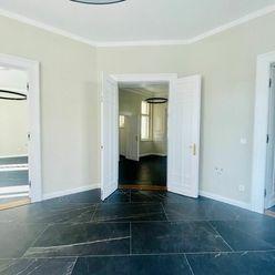 NA PRENÁJOM: Luxusné, reprezentatívne priestory v centre Trnavy s  výmerou 99 m2