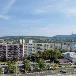 1i byt, KOMPLETNÁ REKONŠTRUKCIA, Hanulova ul.- Dúbravka