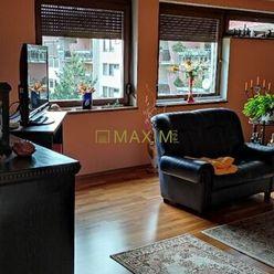 PRENÁJOM-Luxusný a priestranný 4 izb. byt s terasou a garážou  o rozlohe 192,35m2 v Karlovej Vsi.