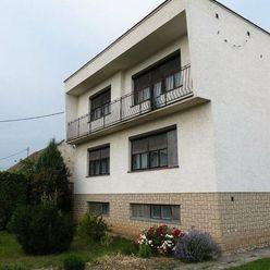 Na predaj rodinný dom 7+1, pozemok 1667m2, Bohdanovce nad Trnavou