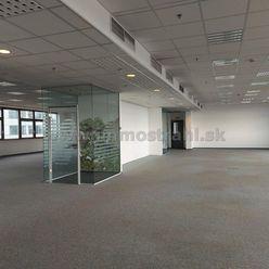 Nadštandardné administratívne priestory na prenájom o výmere 948 m2 a viac v budove Bratislava Busin