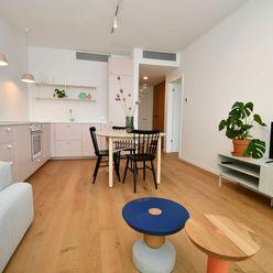 Vzdušný 2-izbový byt na prenájom v rezidencii Sky Park