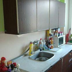 Na predaj 2-izbový byt v pôvodnom stave, Trnava, J. Bottu