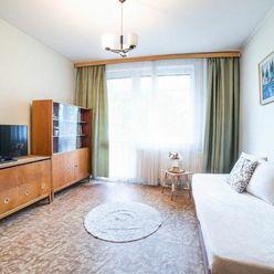 Na predaj 1 izbový byt 36,26m2, s balkónom na ulici Mochovská v Leviciach