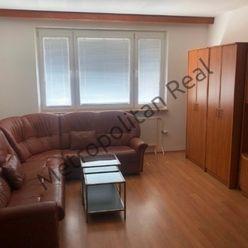 3-izbový byt s loggiou v Petržalke na ulici Kapicova