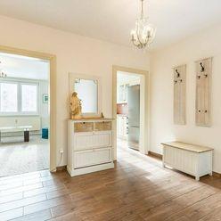 Moderne zrekonštruovaný svetlý 3-izbový byt s lodgiou na Vinbargu,63m2