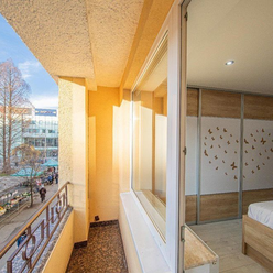 BULVÁR:3-izb. byt s loggiou, 96 m2 ( LUXUS ) TOP CENA