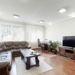 Predaj luxusný 4izb. byt 91m2, Krížna ul. , centrum, kompletná RŠ, KLÍMA, 2x wc, parking vo dvore,