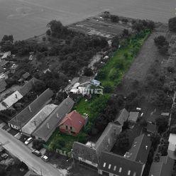 Nedokončený rodinný dom s veľkým pozemkom 2500m2 Považany