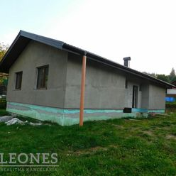 Realitná kancelária LEONES ponúka na predaj (EXKLUZÍVNE)  rodinný dom v obci Makov časť Čierne /1124