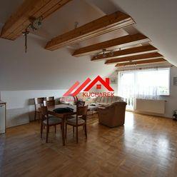 Kuchárek-real: Ponúka prenájom 3 izbový byt v rodinnom dome so samostatným vchodom. Cajlanská ul. Pe