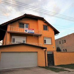 (REZERVOVANÉ)-RE/MAX Exkluzívne predaj rodinného domu Zlaté Klasy