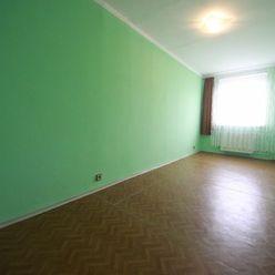 Piešťany – prenájom 2 izbového nezariadeného bytu – E.F.Scherera