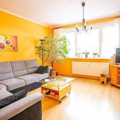 IBA U NÁS! Na predaj krásny 3 izbový byt po komplet.rek., Púchov, 68m2