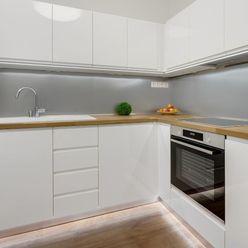 Na prenájom 1 izbový byt 31,10 m² - Nobelova - Nové Mesto