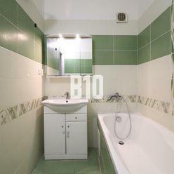 TOP - priestranný 4izbový byt na prenájom 80m2 - Juh