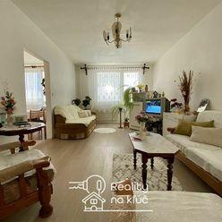Na predaj 3-izbový byt s balkónom na Nábrežnej ulici v Nových Zámkoch