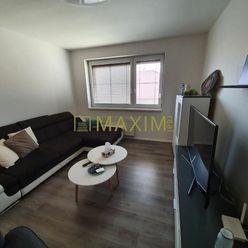 PRENÁJOM -luxusný ,priestranný zariadený,, 2izb.byt v KOMÁRNE-v uzatvorenom areáli.