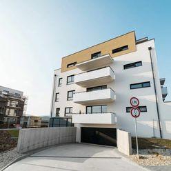 REMAX ponúka na prenájom 3 izbový byt za mostami v Trenčíne