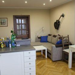 REZERVOVANÉ 3-izbový byt na Hlinách s loggiou, Bajzova ulica