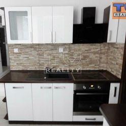TUreality ponúka na predaj čiastočne zrekonštruovaný 3-izbový byt + 2x lodžia, 75m2, Žiar nad Hronom