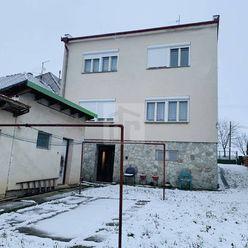 Directreal ponúka  Slnečný 5 izbový rodinný dom Jacovce , tichá lokalita , pozemok 700 m2